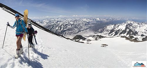 Výhled ze svahů Viljučinského je na desítky až stovky kilometrů daleko