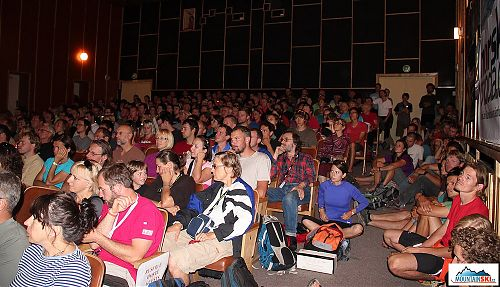 Kino bylo poněkud přeplněné