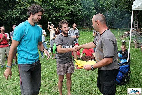 Vítězové třetího ročníku horolezeckého triatlonu - Bezďa a Pip