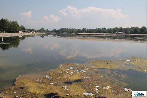 Voda v uměle vytvořené nádrží nepatří mezi nejčisští