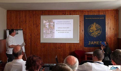 MUDr. Ivan Rotman ve svých přednáškách podrobně přestavil nejzajímavější prezentace z kongresů zaměřeých na horskou medicínu v roce 2013