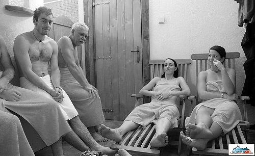 Po návratu na Štumpovku zamířily naše kroky do sauny...