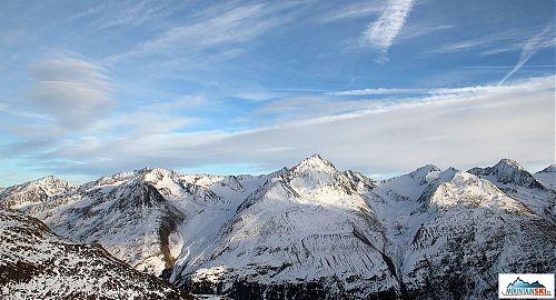 Mraky si hrají nad Alpami