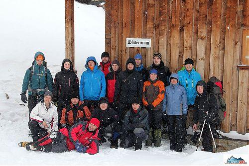 Naše skupina v hustém alpském sněžení