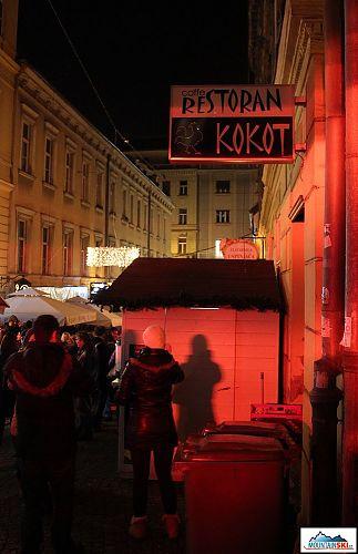 Co si asi o názvu této restaurace myslí kolegové ze Slovenska?
