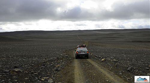 Náš oř Audi A6 Allroad někde na F26 - Sprengisandur
