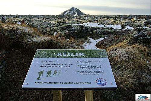 Krásný sopečný kužel nedaleko Reykjavíku – Keilir
