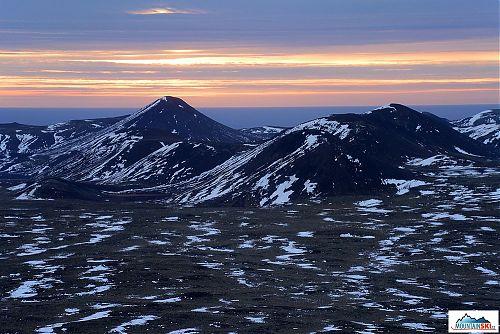 Dávno vyhaslý vulkanický pás na jihu poloostrova Reykjanes