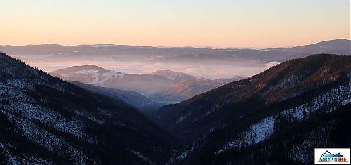 Ranní výhled od chaty Kosodrevina