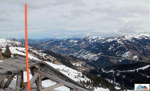 V Rakousku startovací plošiny jsou, zatímco na Lysé hoře v Beskydech byla zlikvidována