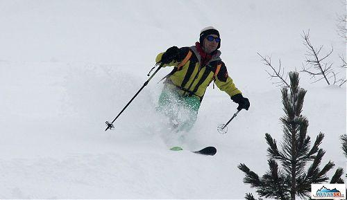 Skier: palič, lokalita: Livigno, dojezd dolů ke Carosello