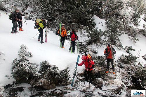 Menší množství sněhu v nižších polohách mělo za následek nácvik pokročilejších technik jako je překonávání vodních toků