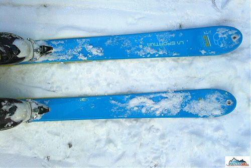 Design lyží ze předu
