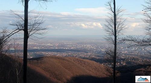 Cestou na Skijalište Sljeme se nabízí takové krásné výhledy na hlavní město Chorvatska