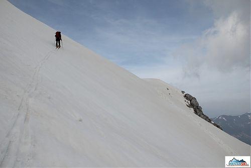 Mira téměř u konce našeho výstupu pod 2322 metrů vysokou Malou Mojstrovku