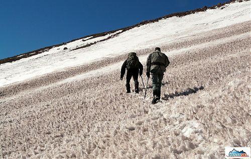 Průzkum začatku cesty od Bethlemi Hut ke Kazbeku