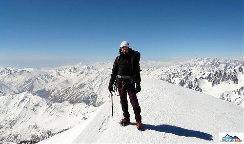 Na vrcholu Kazbeku