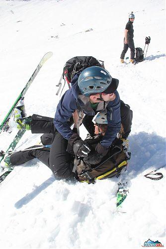 Alternativní způsoby zábavy k lyžování v podání Pavla a Lucky