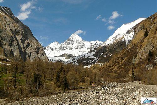 V údolí pod Grossglocknerem