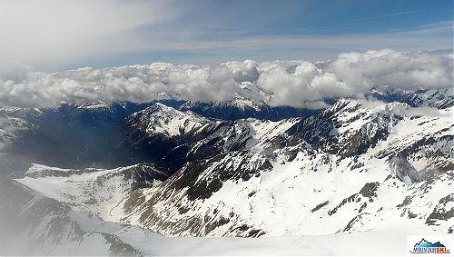 Výhled z vrcholu Grossglockneru