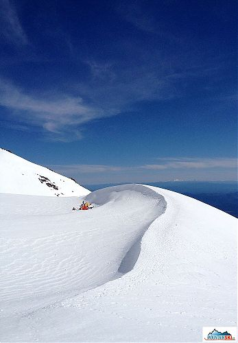 Tents at 3200 meters on Mt. Shasta