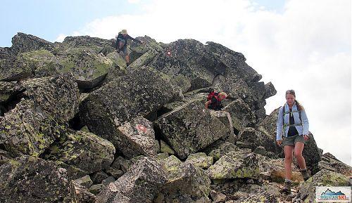 Typický úsek Rocky Trail v Pelisteru, na výstup je to jednodušší, a proto byl zvolen sestup