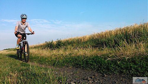 Závěr v polích následoval po pěkném výjezdu do kopce lesem