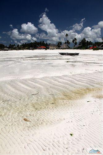 Pláže v Paje při odlivu kolem poledne