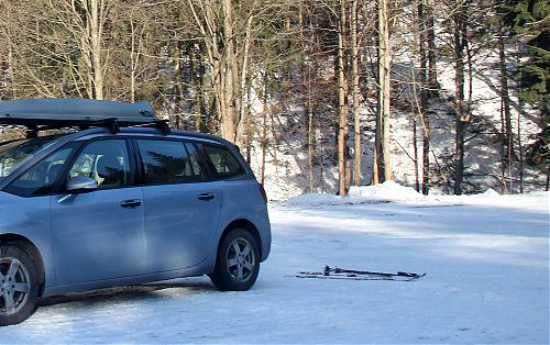 Za auta přímo na lyže - to nemá chybu :-)