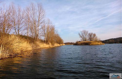 Ve vodě jen koupání - po krk, k plavání díky teplotě vody nedošlo