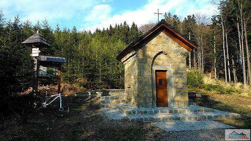 Nová kaple sv. Františka nad Vysokým Polem a Újezdem