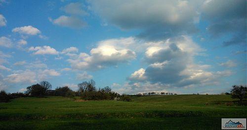 Hra mraků pod Chrastěšovem