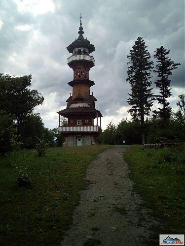 Po vydatném dešti těsně před Jurkovičovou rozhlednou