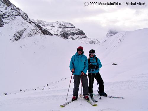 Já a Verča vpozadí vmracích Wildstrubel 3244m