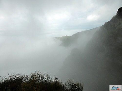 Výhled z hřebene při cestě do refugia Scara, foto: Soňa Mravcová