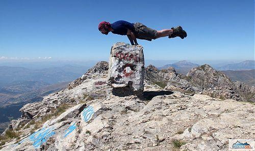 Perfektní vyvážení na Golem Korabu (2764 m)