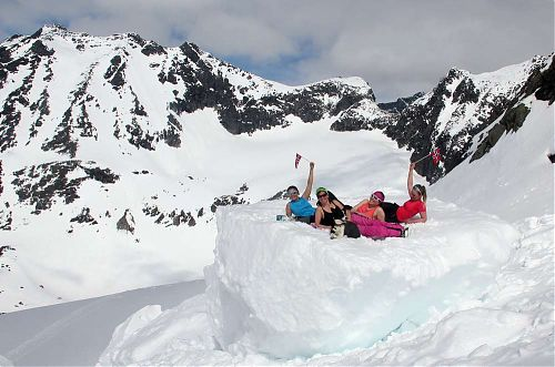 Na norských ledovcích budou možná i odpočinkové hromady sněhu