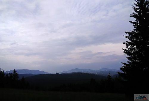 Z leva doprava Smrk, Lysá Hora a Travný