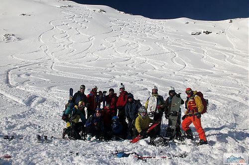 Část skialpově-splitboardové úderky v závěru Velké Studené doliny