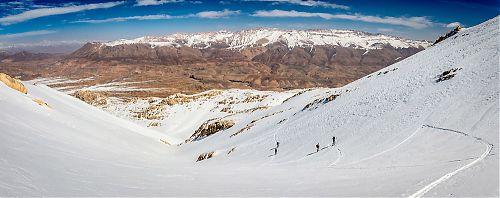 Pohoří Zagros a jeho zdánlivě nekonečné možnosti na skialp
