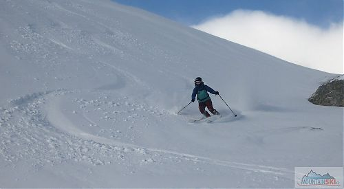 Doktorka Lucie si práší na svých nových lyžích G3