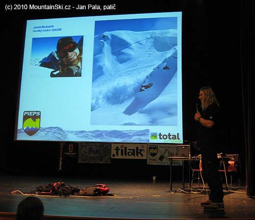 Aje to tady– laviny, Pieps, laviny– přednáší Janek Bednařík