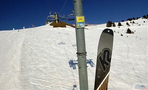 S novými lyžemi K2 Wayback 96 v Avoriaz