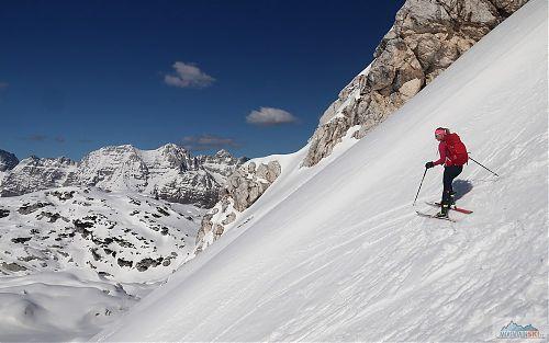 Jitka na G3 FINDr na italském velikonočním sněhu