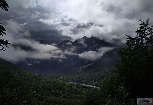 Sestup do údolí Valbonë