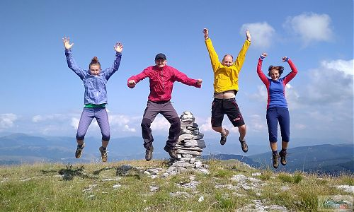 Radost až na kost - na vyhlídkovém vrcholu nad Mavrovem