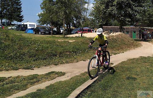 U Základny RS je spousta možností na trénink stability nutné pro jízdu na kole v terénu